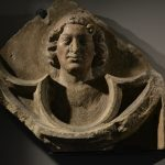 Głowa młodzieńca w czteroliściu wpisanym w tondo, Muzeum Narodowe we Wrocławiu, lapidarium